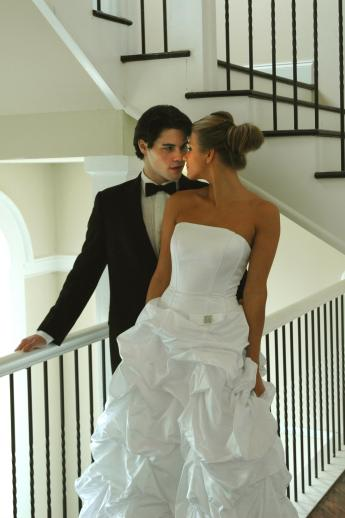 Wedding Couple Stairs Opt